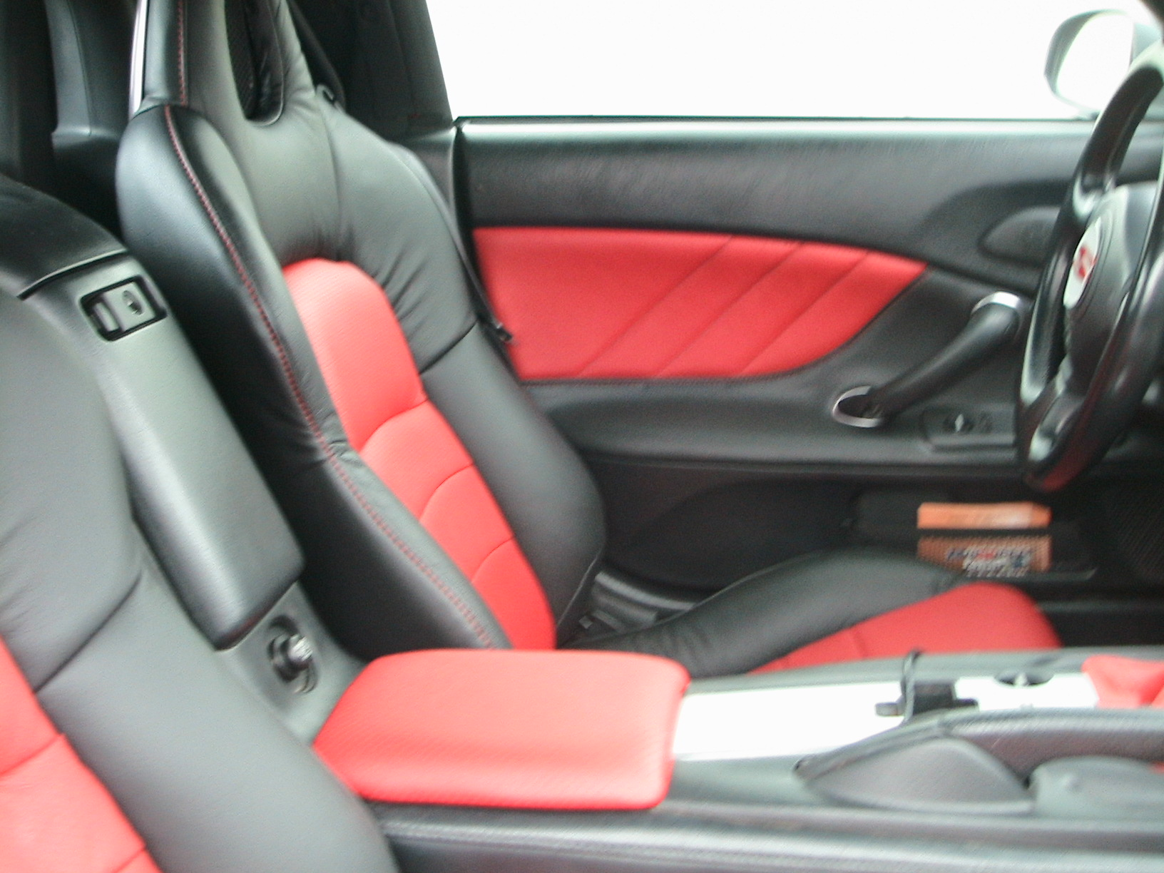 RED  TOP _ SEATS 006